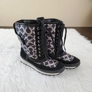 Coach Dorean Sz 6 Black & Grey Snow Boots